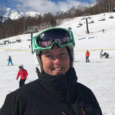 sienna ski instructor